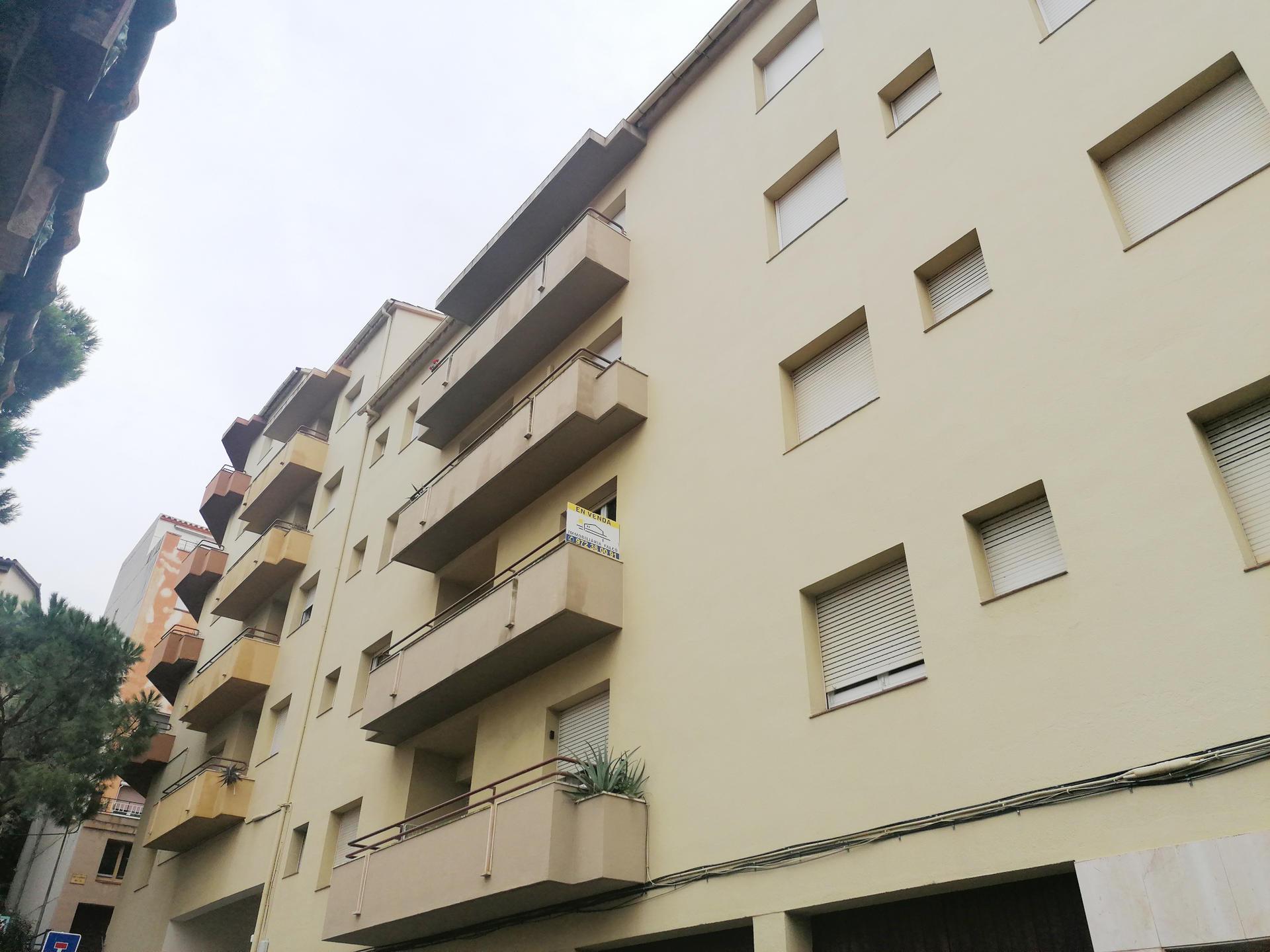 Apartament -                                       Portbou -                                       4 dormitoris -                                       7 ocupants