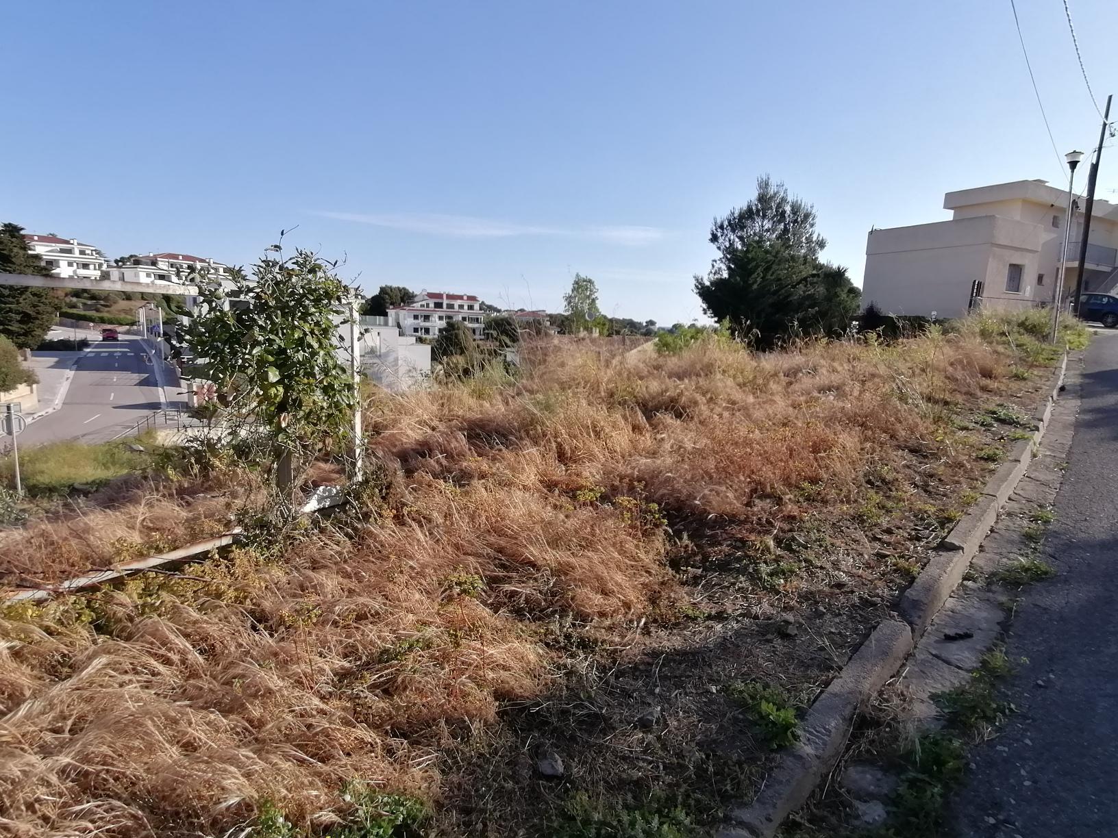 Terreny -                                       Llançà -                                       0 dormitoris -                                       0 ocupants
